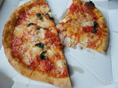 5月22ピザ